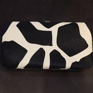 Handbags - Snap close wallet